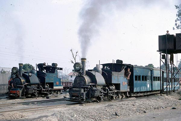 Darjeeling Himalayan B class 0-4-0ST's 781 and 793 at Sukna