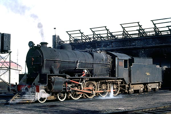 F C General Roca class 15B 4-8-0 no.1585 at Tandil loco shed