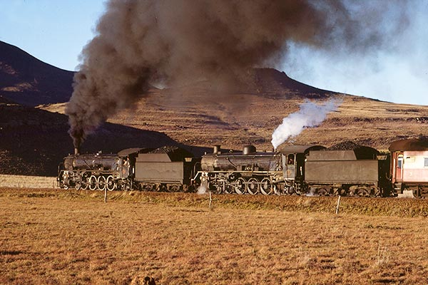 South African Railways class 19D's nearing  Sterkstroom