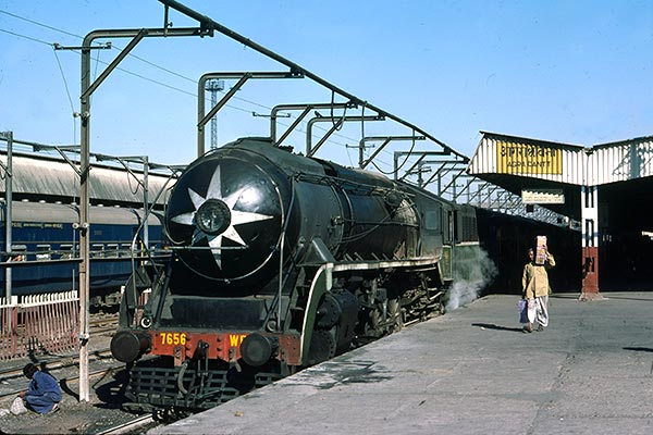 Indian Railways WP class 4-6-2 7656 at Agra Cant.