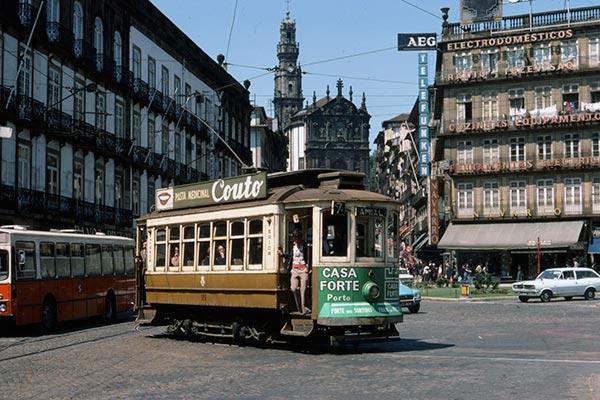 Meet Milfs From Porto